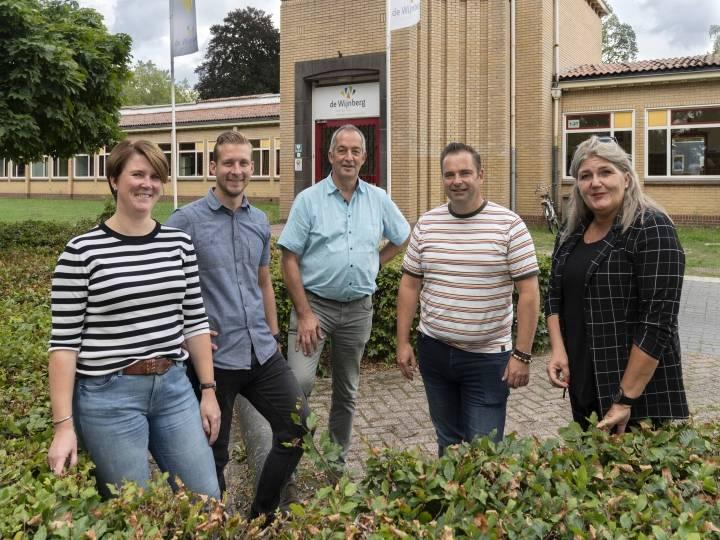 Medewerkers van Koraal en De Wijnberg